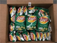 LAY'S SOUR CREAM & ONION 64 PIECE/(42.5G) PASED