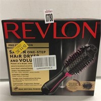 REVLON HAIR DRYER AND STYLER