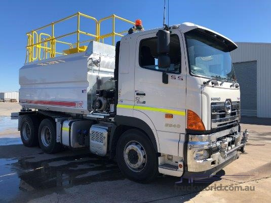2015 Hino 700 Series 2848 SS AMT - Trucks for Sale