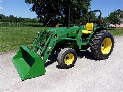 JOHN DEERE 5200 For Sale - 24 Listings | TractorHouse com - Page 1 of 1