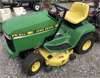John Deere LX178 Riding Lawn Mower