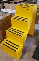 4th step loading step. 500 lb capacity