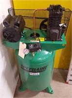 SpeedAire 30gal Vertical Air Compressor
