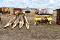 """2 JD Forage Headers; 3 row corn 24"""", 6' hay head"""
