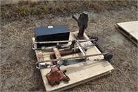 Pallet: pipe vise, No 4 railroad jack, Tool box,