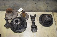 "Rear End Gears, 10"" ford ring & Pinion rear diff,"