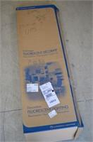 4ft Fluorescent Light Fixture - damaged cover