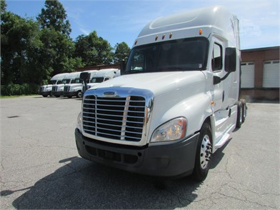 FREIGHTLINER CASCADIA 125 Conventional Trucks W/ Sleeper For Sale By