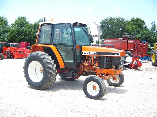 Lot # 6586 - FORD 7740
