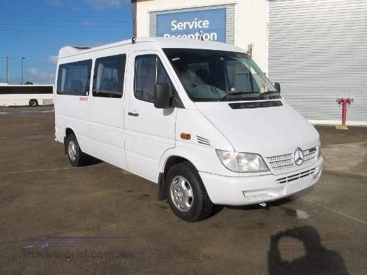 2005 Mercedes Benz Sprinter 12 Seat Transfer Minibus - Buses for Sale
