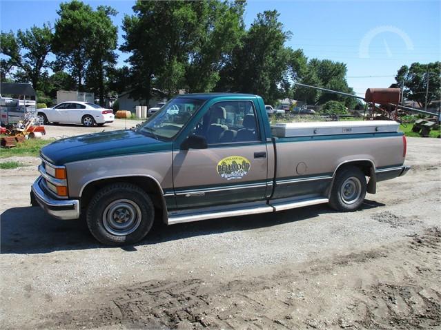 Lot 2691 1995 Chevrolet 1500