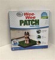 FOUR PAWS WEE WEE POATCH SMALL INDOOR POTTY