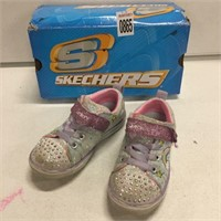 SKECHERS KID'S SHOES SIZE: 9