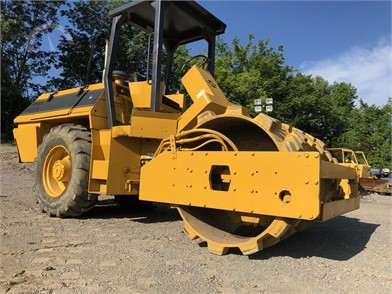 DRESSER Construction Equipment Auction Results - 60 Listings