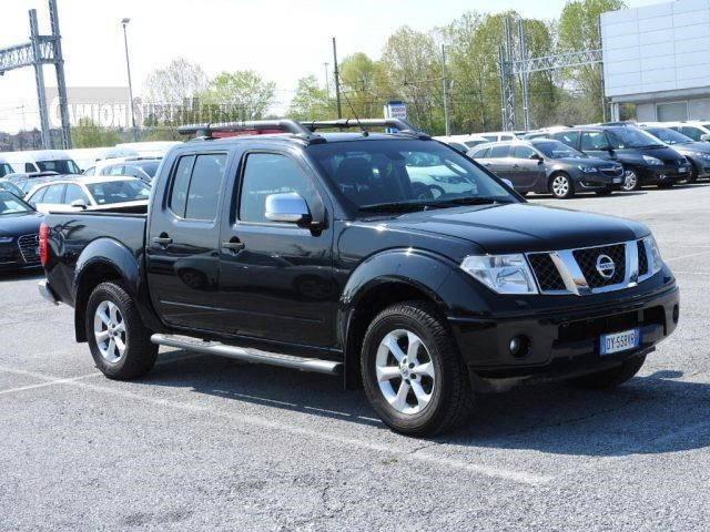 Nissan NAVARA Usato 2010