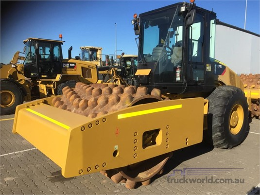 2013 Caterpillar CP76 Heavy Machinery for Sale