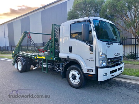 2019 Isuzu FSR Gilbert and Roach - Trucks for Sale