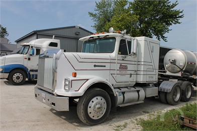 INTERNATIONAL 9300 Heavy Duty Trucks Online Auction Results - 17