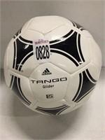 ADIDAS TANGO GLIDER SOCCER BALL SIZE 5