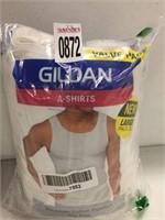 GILDAN A-SHIRTS LARGE