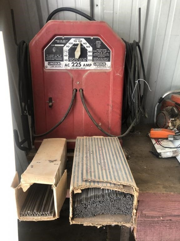 Lincoln Arc 225 Amp Welder, Welding Rods | Prime Time Auctions