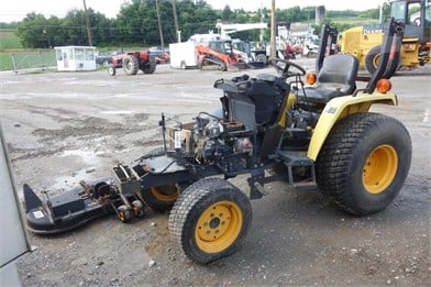 CUB CADET EX3200 Tractor Auction Results - 1 Listings