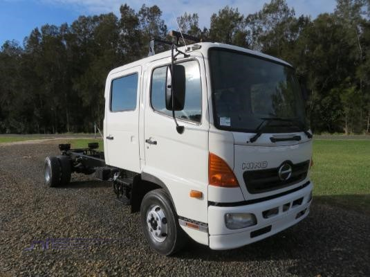 2004 Hino Ranger 6 FD Crew Trucks for Sale