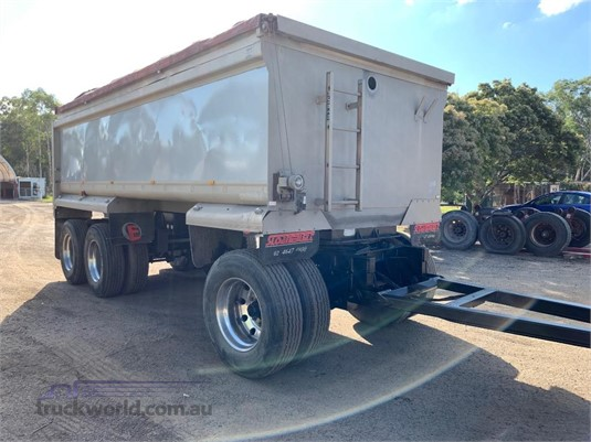 1997 Borcat Dog Trailer - Trailers for Sale