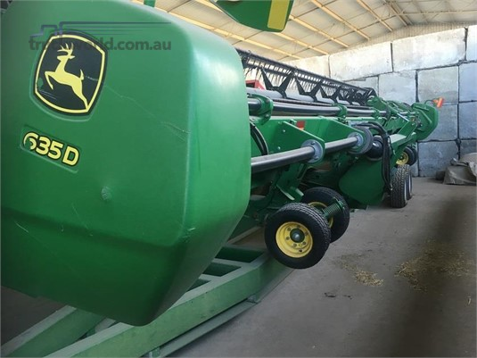 2009 John Deere 635D Farm Machinery for Sale