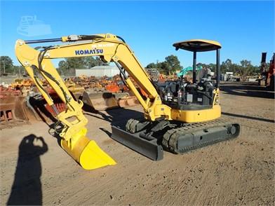 Used komatsu pc 45 r-8 mini excavators < 7t (mini diggers) year.