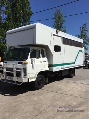 1982 Isuzu SBR 422 - Trucks for Sale