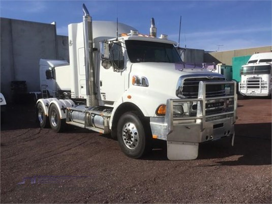 2009 Ford Sterling LT9500 - Trucks for Sale