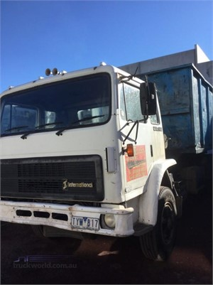 1992 International Acco 2250D - Trucks for Sale