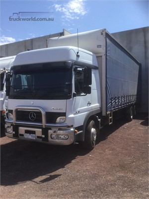 2006 Mercedes Benz other - Trucks for Sale