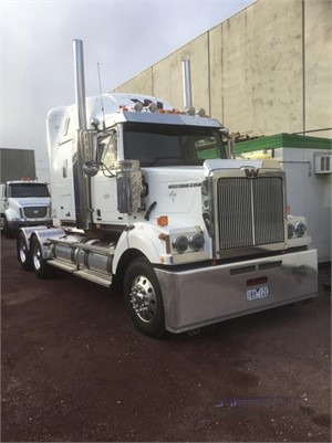 2014 Western Star 4864FXB - Trucks for Sale