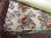 Full Size Jenny Lind Bed with Bedding