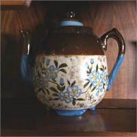 5 Vintage Teapots