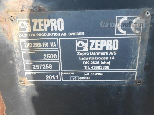 Iveco EUROCARGO 150E28 used 2011