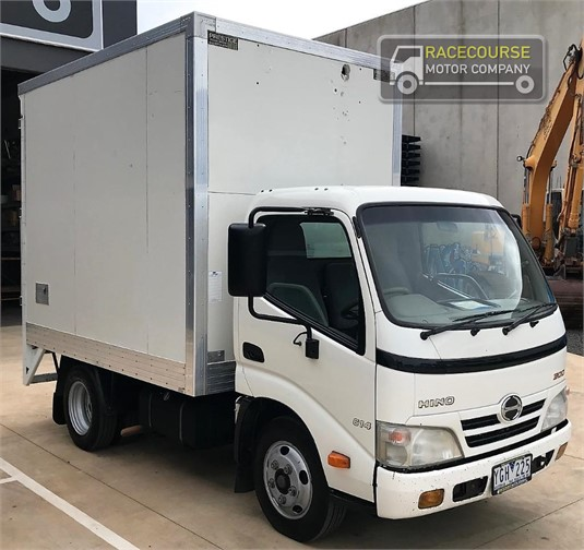 2011 Hino other Racecourse Motor Company  - Trucks for Sale