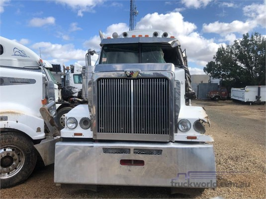 2012 Western Star 4864FXB - Wrecking for Sale