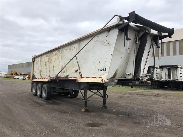 Semi Dump Trailers >> 2002 Assembled 55cy 3 Axle Semi Dump Trailer For Sale In Gary Indiana