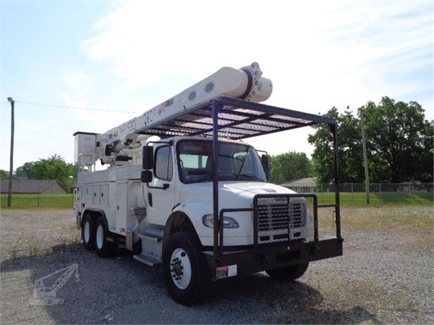 Bucket Trucks / Service Trucks For Sale in Indiana - 32
