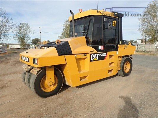 2011 Caterpillar PS-300C Heavy Machinery for Sale