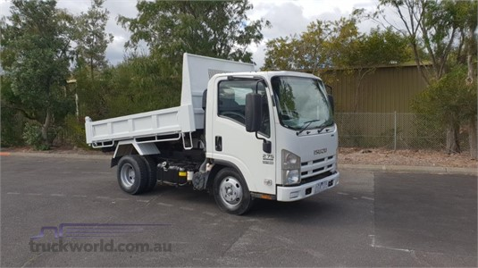 2012 Isuzu NLR 275 - Trucks for Sale