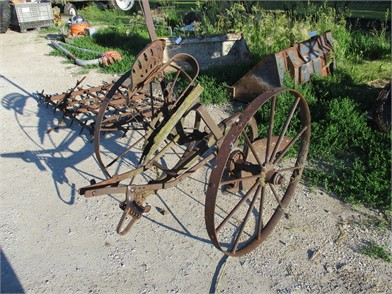 Auctions | Hay Equipment Sales | Senatobia, MS | We specialize in
