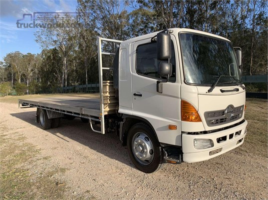 2010 Hino GD1227 - Trucks for Sale
