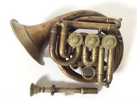 Horn with Mother of Pearl