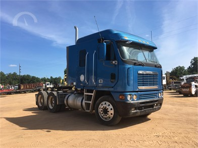 FREIGHTLINER Cabover Trucks W/ Sleeper Auction Results - 16