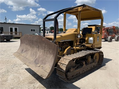 ALLIS-CHALMERS Crawler Dozers Auction Results - 8 Listings