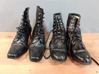 2 PAIR WOMENS BLACK BOOTS 6.5 Autres Articles En Vente 1